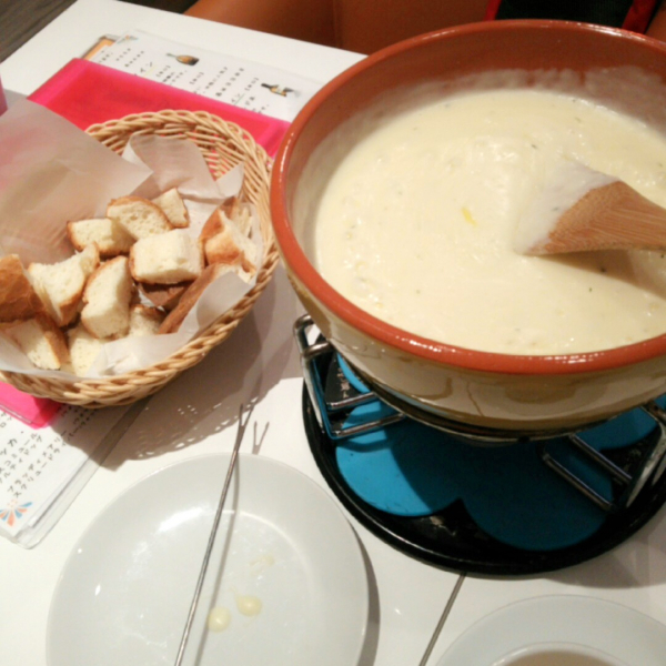 くれあです♡おはようございます(`ω´)この間おいしいチーズフォン...写真