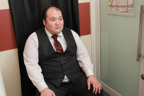 北川(27) 勤続年数:2年 役職:マネージャー