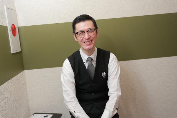 平山(47) 勤続年数:7ヶ月 役職:一般社員