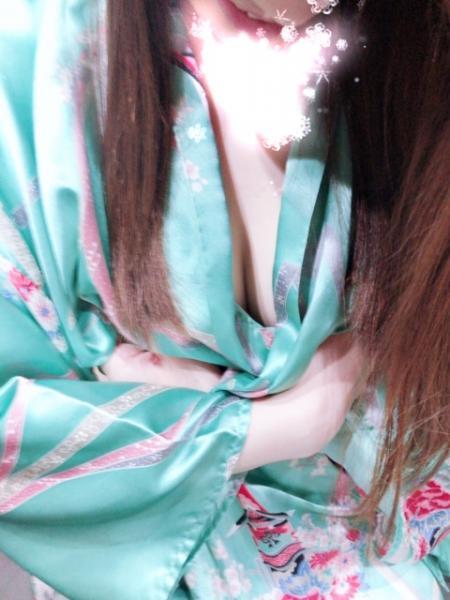 おはようございます。本日華金前夜木曜日!かわいい❤️和服美女&#x...写真